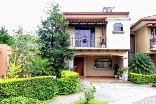 casa-en-venta-condominio-san-joaquin-de-flores-4c4164fe7947c9c4630d57f45b52234a-b